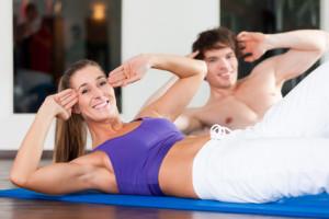 Ein kräftiger Rumpf ist Trumpf - warum es sich lohnt, Ihre Bauchmuskeln zu trainieren